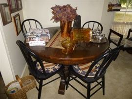 Vintage Round Pedestal Table with 4 Black Bow Back Windsor Style Chairs       (Table only sold) Chairs still available