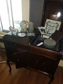 Victrola music machine cabinet only