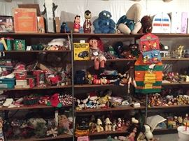 Vintage and Antique snoopy, Peanuts, Stuffed Animals