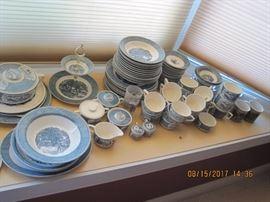 Currier and Ives Vintage Dinnerware