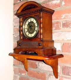 Antique 1880's Mantle Clock