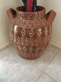 umbrella stand -pottery large