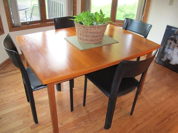 Table and chairs. Bloomington Executive Home Estate Sale starts on 8 19 2017