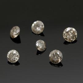 1.08 CTW Loose Diamonds: A collection of 1.08 ctw loose diamond stones.