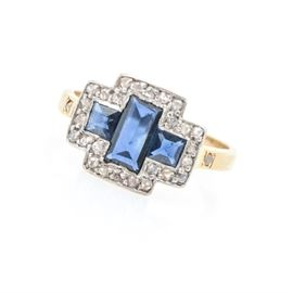 18K Yellow Gold Diamond and Sapphire Ring: An 18K yellow gold diamond and sapphire ring.