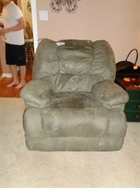 recliner, leather I thing