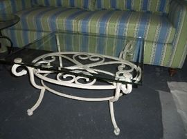 Small space coffee table - easily change out the piece of glass of a different size.