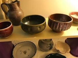 North Carolina pottery.  2 bowls by Ben Owen III: on the left, a truly young Ben piece dated early 1980's.