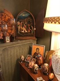 Large crèche, icons, lacquered Russian eggs