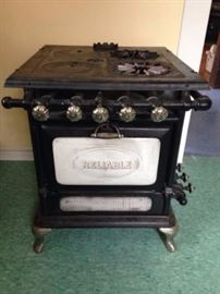 1914 working Reliable Gas Stove!