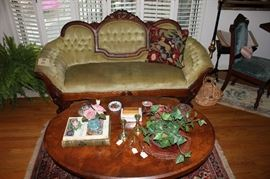 Victorian medallion back tufted couch