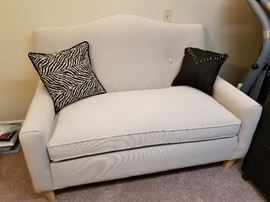 Expressions Loveseat