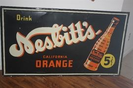 LOADS OF VINTAGE ADVERTISING SIGNS