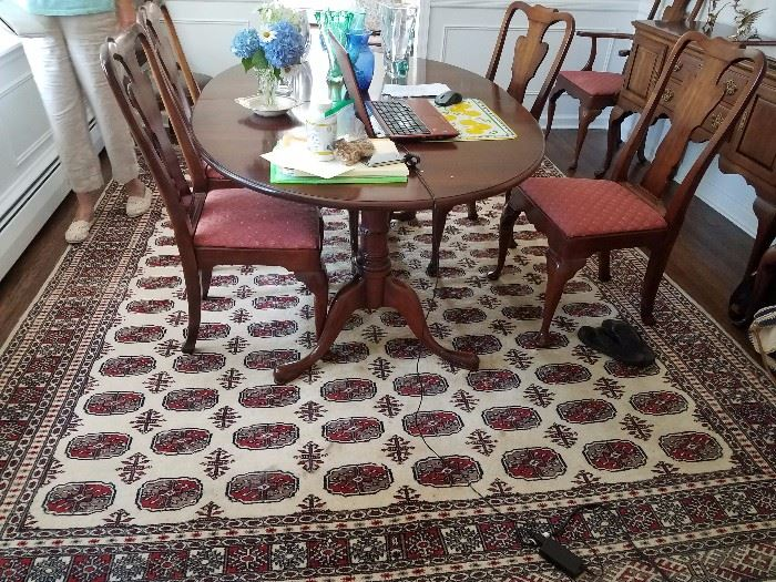 CHERRY DINING ROOM SET RUG NOT AVAILABLE