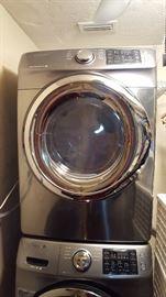 1 year old samsung washer & dryer