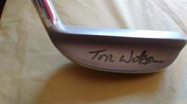Tom Watson autographed putter     LIVING ROOM
