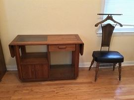 Drop leaf Broyhill console table and vintage valet chair