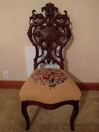 LOVE the carving on this single chair!