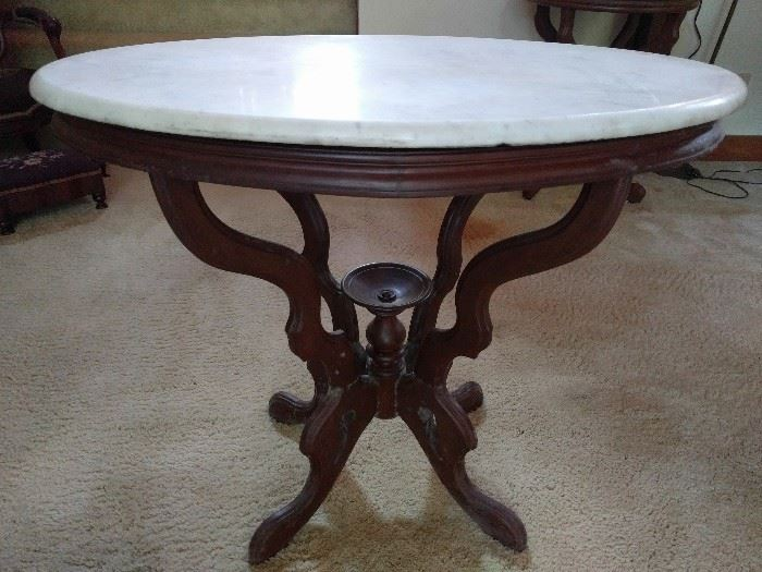 Hmm, another marble topped Victorian side table.