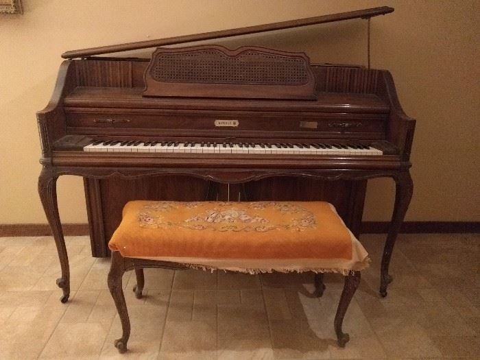 LOOK! Another piano! This one is a French Provincial Kimball, serial# A24521, dating it to 1976 - how Bicentennial! Comes with a matching piano bench/stool. There is a hand embroidered cover that's sort of nice, but not necessary.
