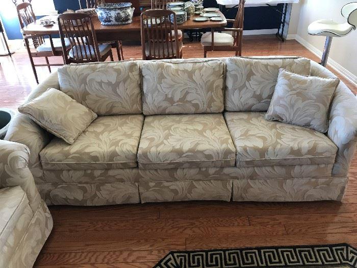 Nice Matching Sofa and Loveseat