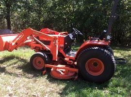 "Kubota B72""7800HSD-F, comes with a 72"" mid mount mower, Model RC72-27B, a front-end loader - Model LA402-1, and an Rops Model SFB-F29, has around 1,800 hours on it, runs great"