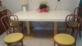 Mid century Kitchen table, metal base, 4 great chairs