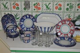 Another great vintage ceramic 4 piece dish set, service for 4 made in Italy and other great kitchenware!