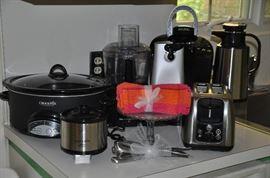 Wonderful small appliances including Keurig, Crock Pot, And Hamilton Beach