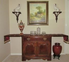 """Thomasville Server in a Traditional Cherry Finish.   Open (76""""W x 18""""D x 30.5""""H) closed 38""""W"""