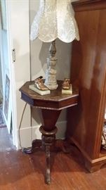 Antique Sewing Basket Table with Flip Top