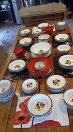 METLOX RED ROOSTER DISHES