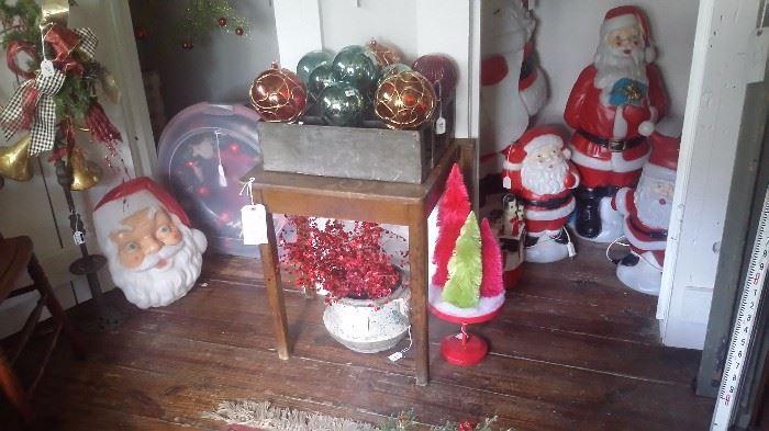 VINTAGE SANTA BLOW MOLDS, Other Christmas Decor