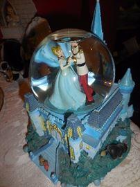 Disney Cinderella/Prince Charming, Snow Globe. Someday My Prince Will Come....