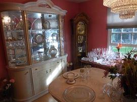 Elegant Dining Room!!