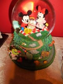 Mickey Minnie Mouse go on a Picnic. Goofy is fishing
