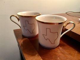 Lenox Texas coffee cups