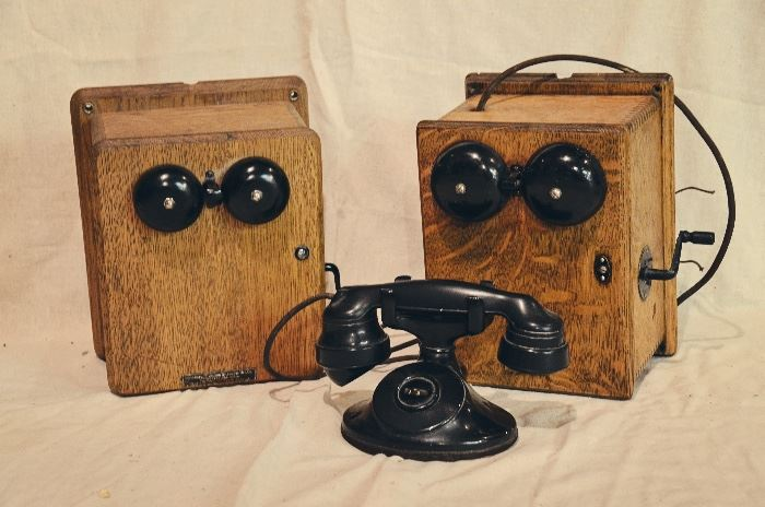 Stromberg & Carlson Cradle Handset Desk Phone with Wood Ringer