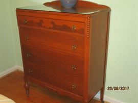 Early century chest of drawers