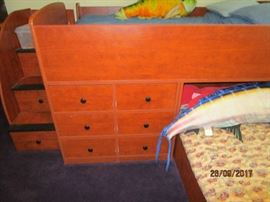 Drawers in bunk bed set