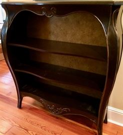 Incredible and unusual bookcase ... it graced Sue's hallway with books and treasures!