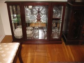 2-shelf glass front/wood cabinet