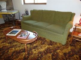 Green couch w/matching chair