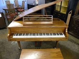 Kimball Baby Grand Piano w/Bench
