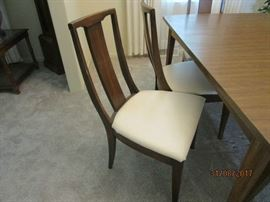 one of 6 chairs to table