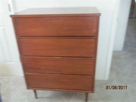 Mid Century Chest of Drawers (Montgomery Ward)