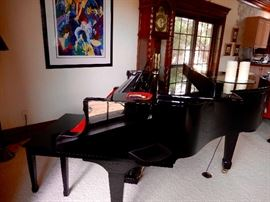 A KURTZWEIL MARK 152 BABY GRAND DIGITAL PIANO WITH ALL THE DISCS AND STARTING INFO KIT  ALL IN EXCELLENT CONDITION