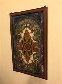 Fabulous stained glass window, approx 2 1/2' x 3'