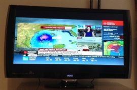 Vizio Flatscreen TV with remote.