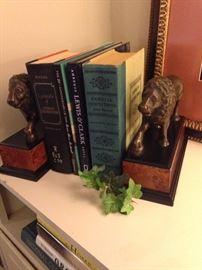 Substantial lion book ends